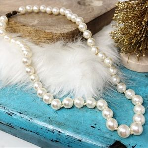 """Vintage Knotted Pearl Necklace Choker 16"""""""